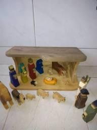 Presépio de madeira