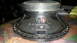 Auto falante 540RMS. 8monos. 150reais