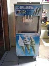 Vendo 2 máquina de sorvete Italianinha aceita proposta avista somente venda
