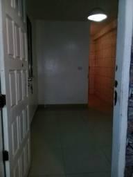Alugo casa 500 reais