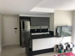 Excelente apartamento semi mobiliado no bairro Ressacada em Itajaí