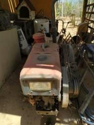 Trator tobatta 13cv MF130 com todas as ferramentas