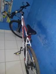 Vendo bicicleta aro 29 semi novo só pegar e fazer a sua pedalada