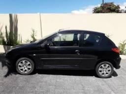 Peugeot 1.4, 2008, carro de mulher, baixa km - 2008
