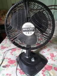 Vendo esse ventilador tá só um pouco sujo