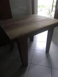 Mesa de madeira 150 reais