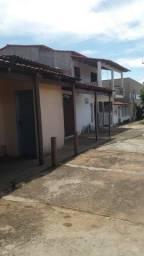 Vendo casa com  ótimo ponto comercial em bela Vista de Goiás