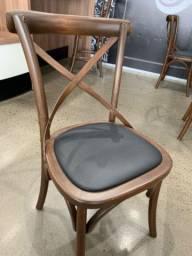 Cadeira em madeira refinatto