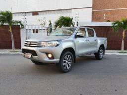 Toyota Hilux 2.8 4x4 Diesel standart 2017