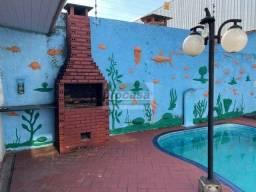 Título do anúncio: Linda Casa p/ Aluguel por  R$3.500,00 - Planalto - Casa ampla com piscina