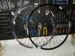 Título do anúncio: Vendo roda Everest xc 29.