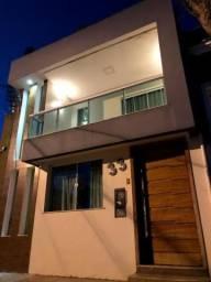 Casa Duplex Planejada no Pontal - 02 quartos sendo 02 suítes
