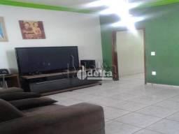 Casa com 3 dormitórios à venda, 180 m² por R$ 350.000,00 - Santa Rosa - Uberlândia/MG
