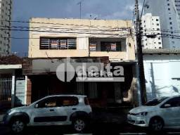 Apartamento com 3 dormitórios para alugar, 99 m² por R$ 1.100,00 - Vila Fátima - Uberlândi