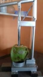 Título do anúncio: furador de coco com pinça de 2 cm