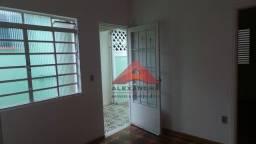 Título do anúncio: Casa com 1 dormitório para alugar, 45 m² por R$ 1.200,00 - Vila Industrial - São José dos