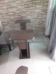 Título do anúncio: Mesa tampo de vidro ,sem cadeiras