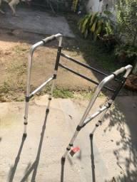 Título do anúncio: Vendo andajar/andador para idoso