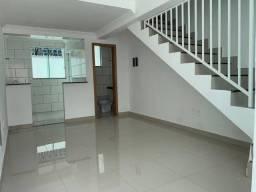 Título do anúncio: Casa geminada entrada individual em Venda Nova