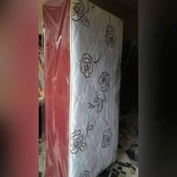 Título do anúncio: Em promoção Cama Box Solteiro Nova Luxo com tripla espuma Frete Grátis para Salvador
