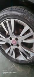Título do anúncio: Vendo jogo de rodas aro 16 Fiat palio Sporting com pneus