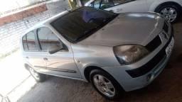 Título do anúncio: Renault Clio 2004