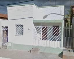 Título do anúncio: Casa no Centro de Anagé