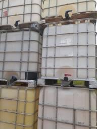 Título do anúncio: Caixa plastica / container 1000 litros