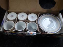 Jogo de xícara de café na caixa,nunca oi usado