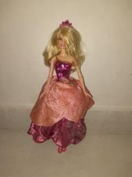 Barbie Escola de Princesas Blair