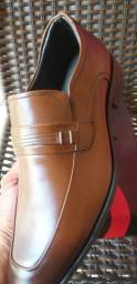 Sapato Social  TAM 43 Aceito cartões de crédito e Débito