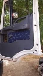 Título do anúncio: Iveco tector attack caminhão truck