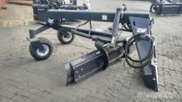 Niveladora de terra Bob Cat *Nova (serve na JCB 1CX)