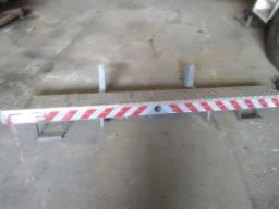 Para-choque traseiro reforcado