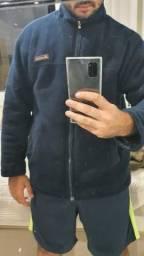 Valor simbólico Blusa de Frio. Casaco