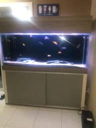 Lindo aquario de 1,60mts