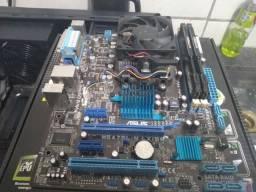 Placa mãe, processador e 8GB de memória