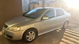 Vendo Astra Sedan - 2005