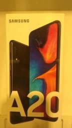 A 20, celular top da Samsung, no plano vivo 4,0 gigas