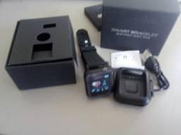 Troco 2 Relógio Smart Watch e 1 Caixinha de Som Novos Nas Caixas