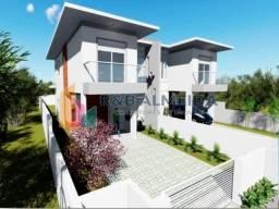 M@-Linda Casa sobrado germinado com três dormitórios,
