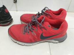 TÉNIS Nike 42 43
