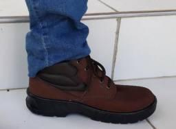 Botas de couro cano curto