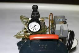 Aerógrafo Gatti AG-04 + Compressor silencioso Gatti + 4 canecas