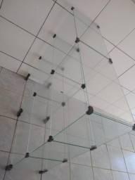 Vendo lindo balcão de vidro