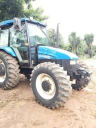 Trator New Holland<br><br>