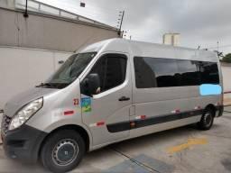 Renault Master Executiva de Luxo 16 lugares - estado de nova