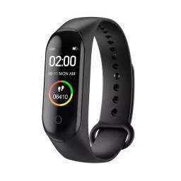 Smartwatch M4 novo na caixa