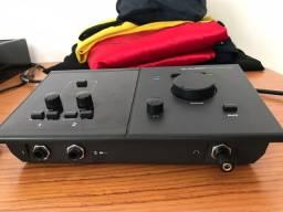 Interface de áudio Avid C400