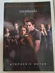 Saga Crepúsculo, combo DVDs e livro.